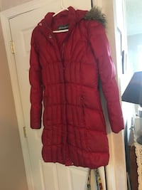 Eddie Bauer Winter Parka M used/ in need of repair (see description) New Baltimore, 48047