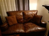2 Brown leather sofas italien leather Montreal, H1M