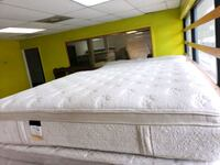 Mattress and box spring King size  Houston, 77091