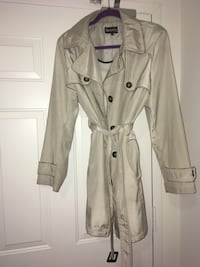 Trench coat ladies XL like new London, N6H 4W1