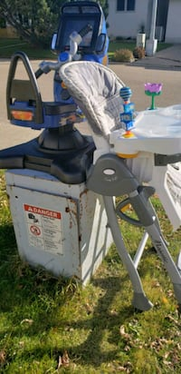 free highchair and toys  Edmonton, T6L 3G2