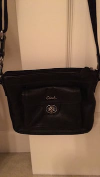 black Michael Kors leather crossbody bag Downers Grove, 60515