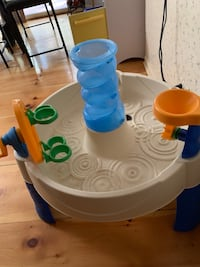 Little tikes water play in or outdoor Park Forest