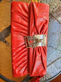 Red purse Fairfax, 22033