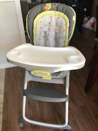High Chair GREAT CONDITION!! Laval, H7M 4S1