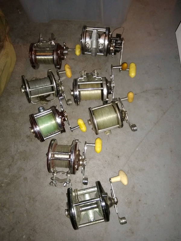 Collectors/Deep Sea Fishermen: Huge lot of vintage Penn Reels e219e61e-e06b-45ee-8851-df96a1769de0