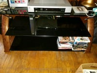 Glass tv stand very heavy  Elkins, 26241