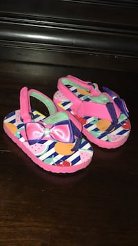 ????toddler girl's flip-flops McAllen, 78501