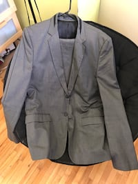 black notch lapel suit jacket Côte-Saint-Luc, H4W 1A1