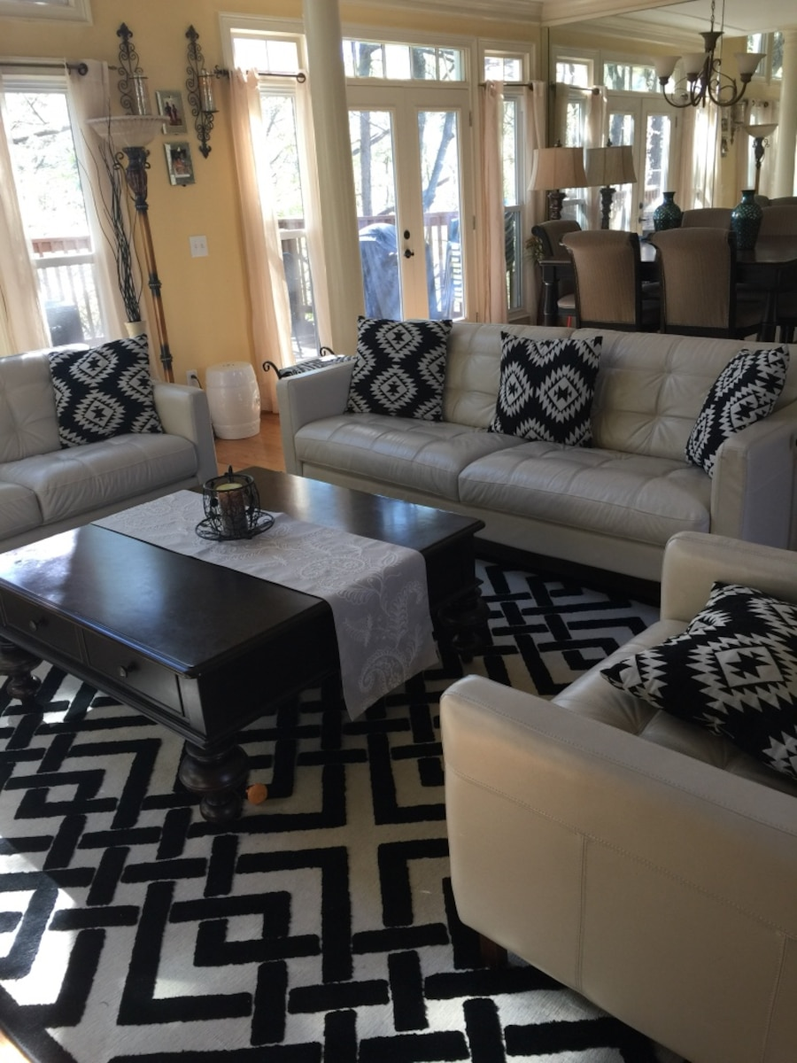 Letgo 100 authentic leather set 3pc ge in parkway ga Macy s living room furniture sale