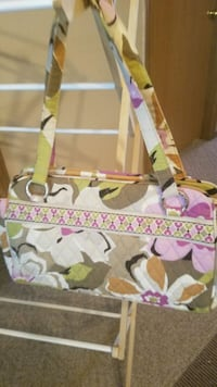 white, pink, and green floral crossbody bag Ozark, 65721