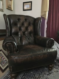 Henredon Leather Chair Stillwater, 74075