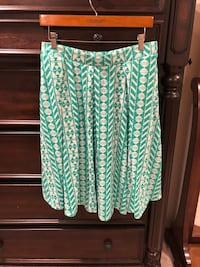 Lularoe large skirt Seattle, 98106