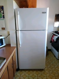 white top-mount refrigerator Bakersfield, 93306