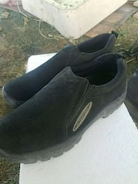 pair of black suede slip-on shoes Bakersfield, 93304