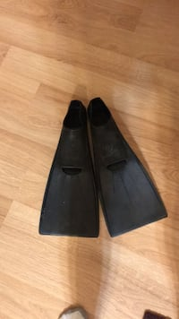 Swim fins so 40 41 418 mi