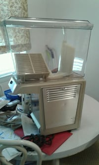 beige slush machine 1302 mi