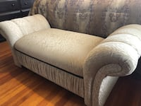 Upholstered Chaise Oyster Bay
