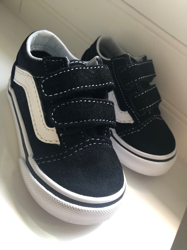 761f88b2905b58 Used Vans infant sneakers NEW IN BOX for sale in Mount Vernon - letgo