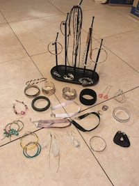 Miscellaneous jewelry Pinellas Park, 33782