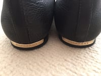 Burberry flat shoes 95% new, no mark no scratch, size 36, Black Wed & Thur can meet at St.George and Yonge  Markham