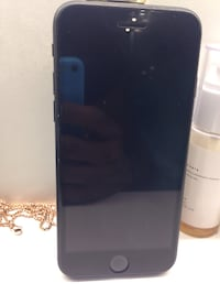Apple Iphone 7 32GB US Locked(Xfinity) in perfect condition