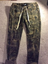 black and gray camouflage cargo pants Richmond Hill, L4S 2T6