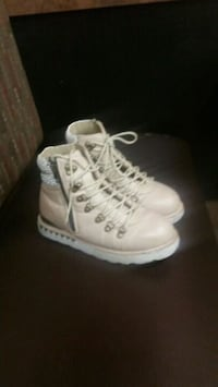 pair of white high top sneakers Mississauga, L4Z 3E9
