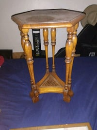 brown wooden side table with drawer Bakersfield, 93306