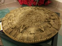 round brown wooden table top San Antonio, 78214