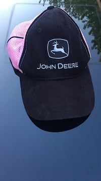 John Deere womens baseball hat adjustable great condition