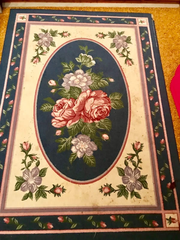 Used Beautiful Victorian Style Area Rug For Sale In Taylorsville Letgo