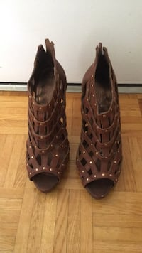 pair of brown leather gladiator sandals Toronto, M4V