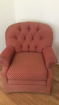 chair Oradell, 07649