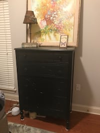 Navy chest of drawers Baton Rouge, 70817