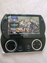 LIKE NEW ! PSP GO WITH 5,000 GAMES !! AND MUSIC .. Santa Ana, 92703