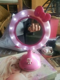 Hello Kitty vanity mirror Modesto, 95355