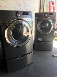 gray Samsung front-load clothes washer and dryer set Philadelphia, 19104