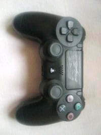 Mint condition Ps4 controler Clear Spring, 21722