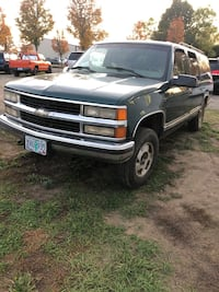 2000 Chevrolet Suburban $999 Independence
