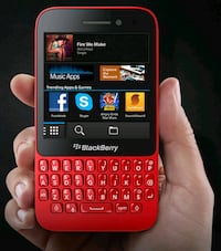 Like new unlocked red blackberry Q5