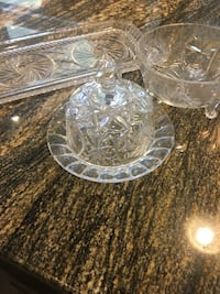 clear cut glass bowl and bowl Kelowna, V1V 3B7