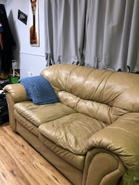 Beige Couch Guelph, N1G 2X1