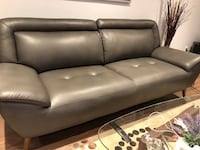 Fabric sofa used 5 months looks like new price 599$ Richmond Hill, L4C 6K6