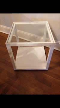 End Table Chicago, 60622