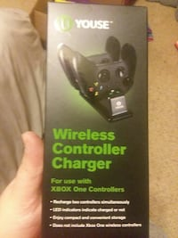 Wireless controller charger