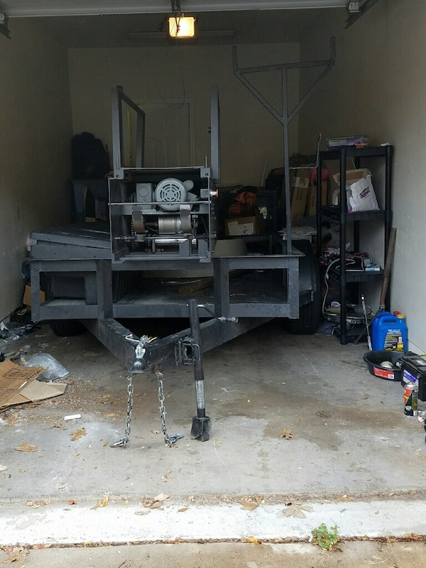 Seamless Combo Gutter Machine With Black Trailer