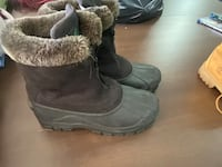 Women's snow boot size 8 Hagerstown, 21740