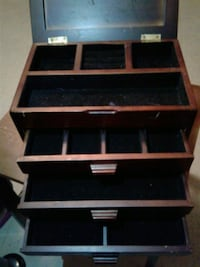 Brown Wooden Jewelry Box Greenville, 27834