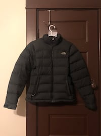North face puffer jacket New Westminster, V3M 1S6